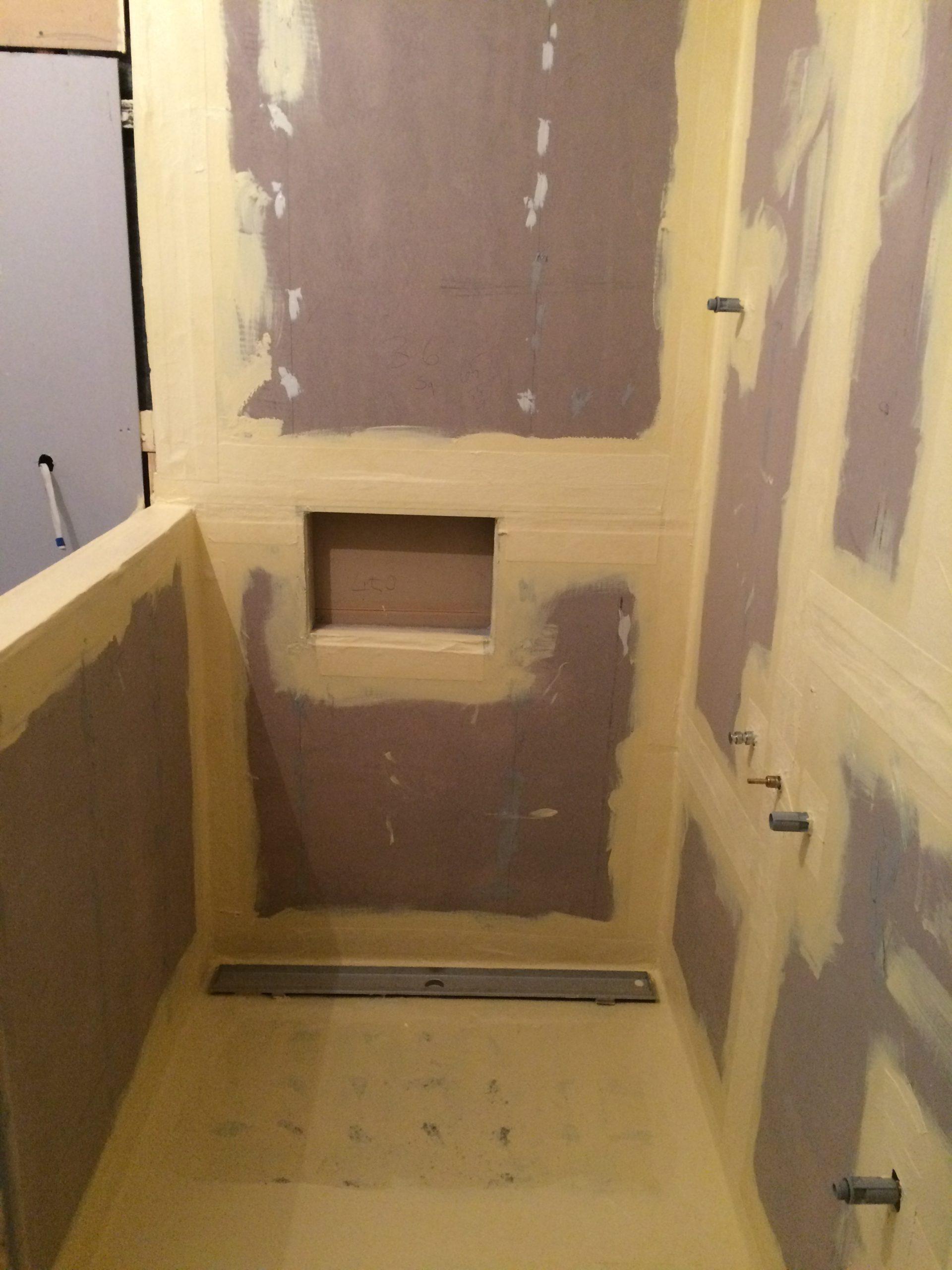 shower-floor-and-walls-membrane-coating